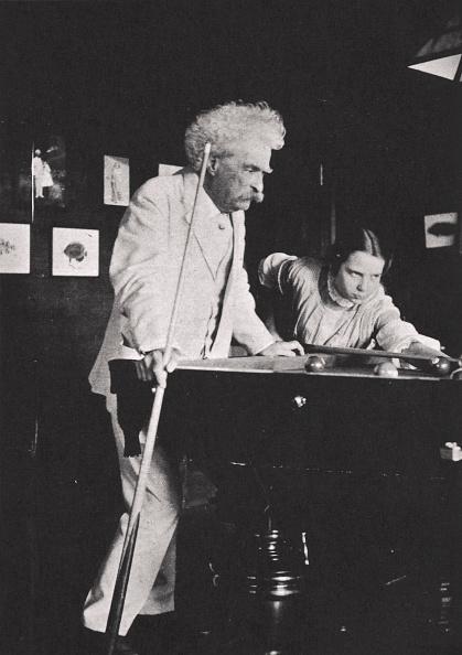 リラクゼーション「Mark Twain American Author Playing Pool circa 1900s(?)」:写真・画像(13)[壁紙.com]