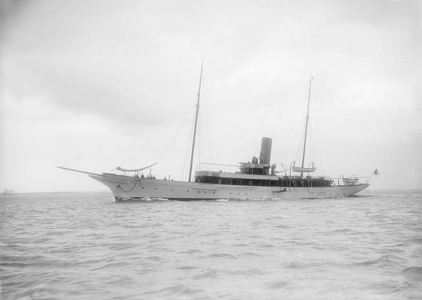 船・ヨット「The Steam Yacht Shemara Under Way」:写真・画像(14)[壁紙.com]