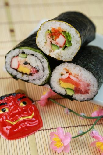 Ehomaki「Ehomaki (sushi roll eaten during setsubun)」:スマホ壁紙(3)