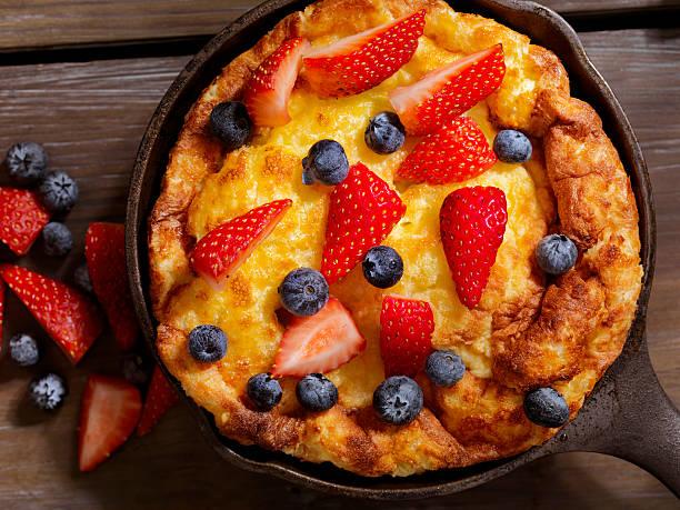 Sweet Berry Skillet, Dutch Baby Pancake:スマホ壁紙(壁紙.com)