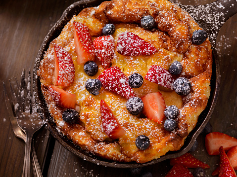 Cast Iron「Sweet Berry Skillet, Dutch Baby Pancake」:スマホ壁紙(12)