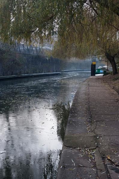 Block Shape「Regents Canal」:写真・画像(5)[壁紙.com]