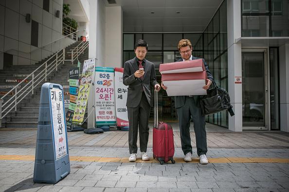 Waiting「Same-Sex Couple Hold Wedding Ceremony In Seoul」:写真・画像(3)[壁紙.com]