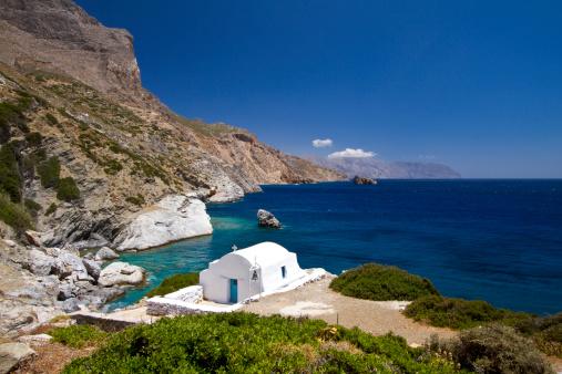 Aegean Sea「Idyllic coast with church in Amorgos island in Greece」:スマホ壁紙(4)