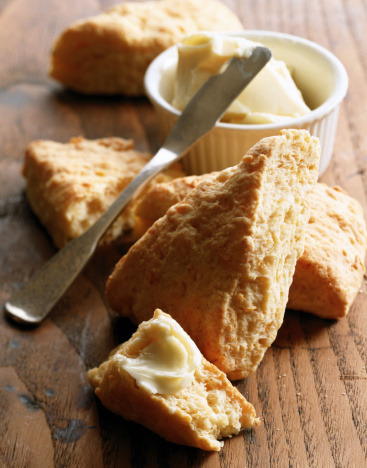 Biscuit「Scones with butter」:スマホ壁紙(0)