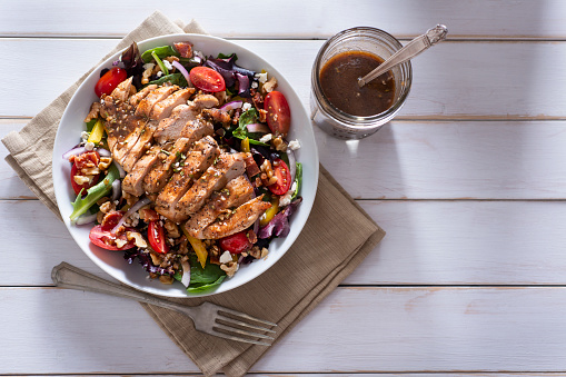 Vinaigrette Dressing「Salad with Chicken」:スマホ壁紙(4)