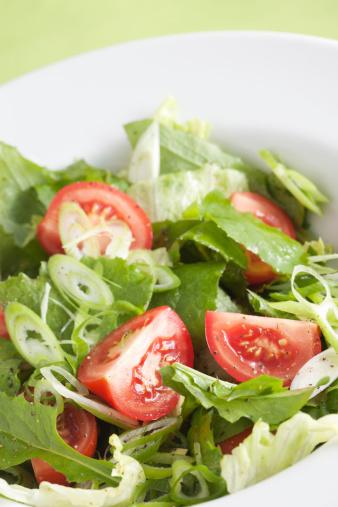 Salad「Salad with tomatoes」:スマホ壁紙(1)
