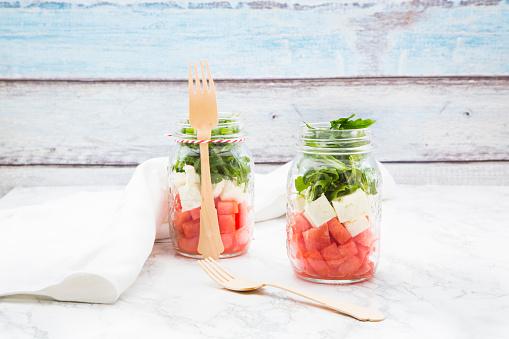 メロン「Salad with watermelon, rocket and feta in glasses」:スマホ壁紙(18)