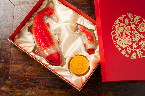 Carp「The rice cakes in the gift box」:スマホ壁紙(19)