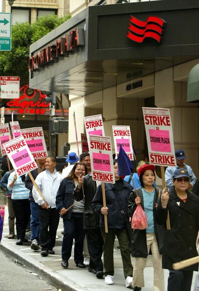 Justin Sullivan「Hotel Workers Vacate For San Francisco Strike」:写真・画像(16)[壁紙.com]