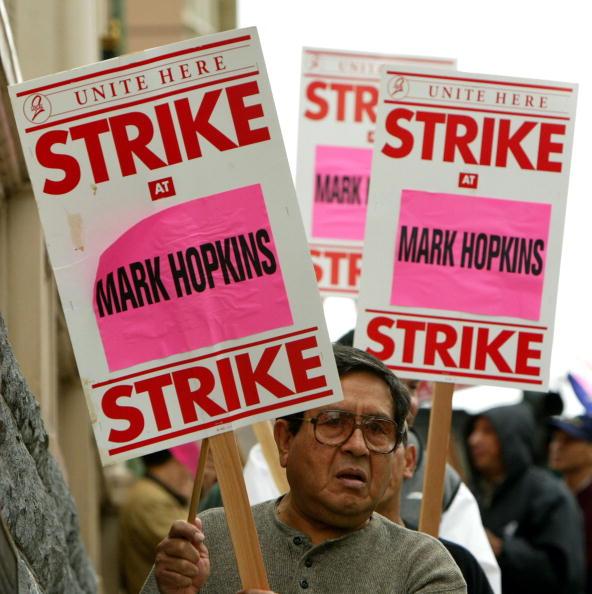 Justin Sullivan「Hotel Workers Vacate For San Francisco Strike」:写真・画像(15)[壁紙.com]