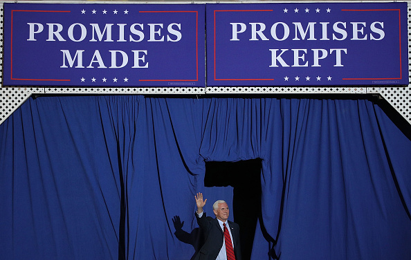 MAGA「President Trump Marks 100 Days In Office With Rally In Pennsylvania」:写真・画像(17)[壁紙.com]