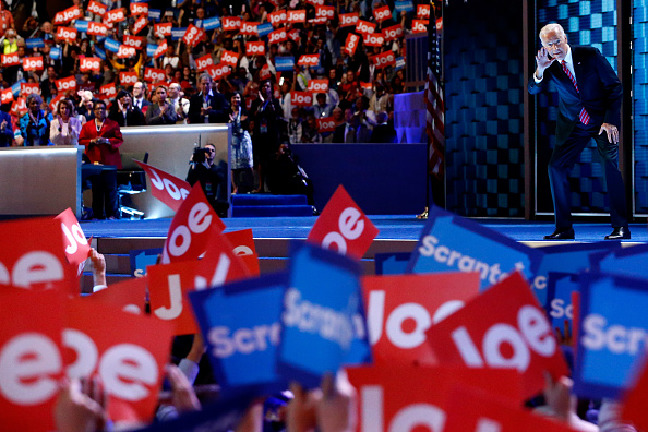 Aaron P「Democratic National Convention: Day Three」:写真・画像(17)[壁紙.com]