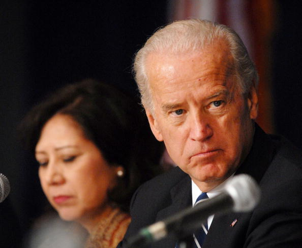William Thomas Cain「Biden Hosts Middle Class Task Force Meeting On Green Jobs」:写真・画像(17)[壁紙.com]