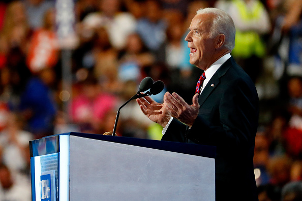 Aaron P「Democratic National Convention: Day Three」:写真・画像(18)[壁紙.com]