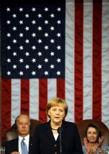 Joint Session of Congress「German Chancellor Merkel Address Joint Session Of Congress」:写真・画像(11)[壁紙.com]