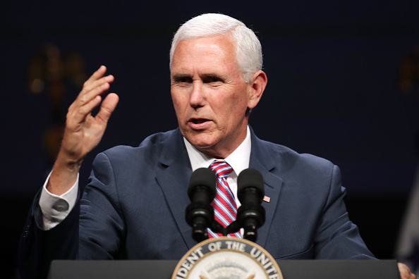 Mike Pence「Vice President Mike Pence Speaks At Access Intelligence Conference」:写真・画像(11)[壁紙.com]