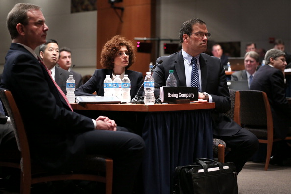 Lithium「The NTSB Holds Two Day Investigative Hearing On Boeing 787 Battery Fire」:写真・画像(13)[壁紙.com]