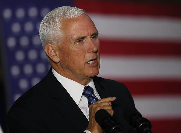 Mike Pence「Vice President Mike Pence Chairs National Space Council Meeting」:写真・画像(15)[壁紙.com]