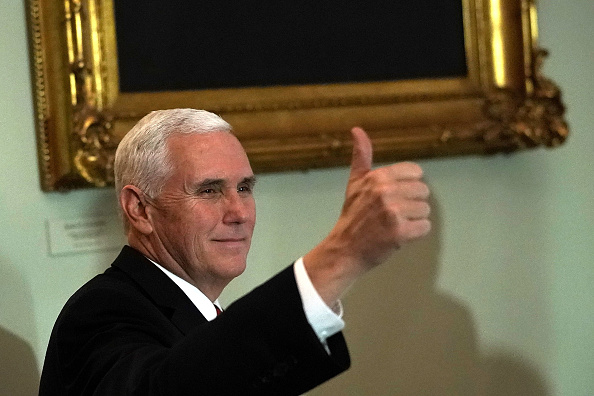 Mike Pence「House And Senate To Vote On GOP Tax Reform Plan」:写真・画像(7)[壁紙.com]