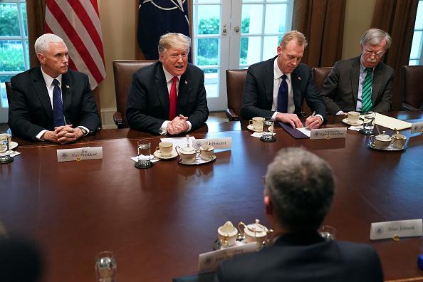 Sitting「President Donald Trump Welcomes NATO Secretary General Jens Stoltenberg To The White House」:写真・画像(19)[壁紙.com]