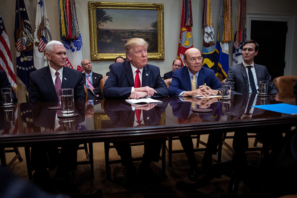 Wilbur Ross「Trump Meets With Congressional Lawmakers At The White House」:写真・画像(8)[壁紙.com]