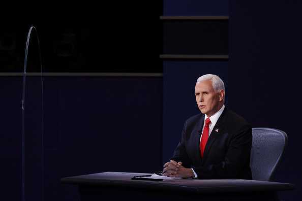 Participant「Mike Pence And Kamala Harris Take Part In Vice Presidential Debate」:写真・画像(12)[壁紙.com]
