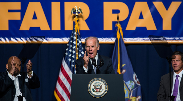 Employment And Labor「Joe Biden And NY Governor Andrew Cuomo Discuss Economy In New York City」:写真・画像(12)[壁紙.com]