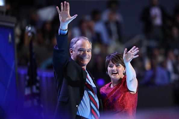 Philadelphia - Pennsylvania「Democratic National Convention: Day Three」:写真・画像(16)[壁紙.com]