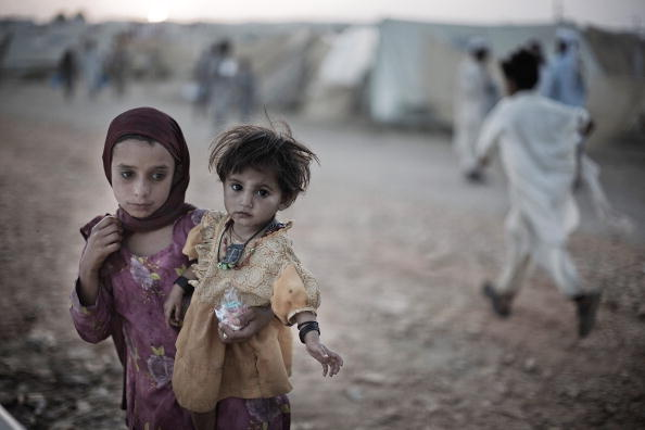 Pakistan「Internally Displaced Face Harsh Conditions In Relief Camps」:写真・画像(18)[壁紙.com]