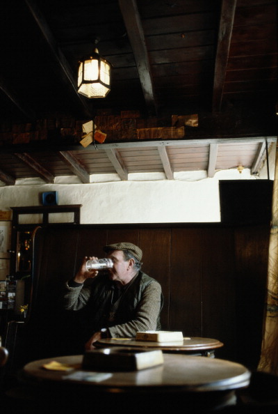 One Man Only「Quiet Pint」:写真・画像(9)[壁紙.com]