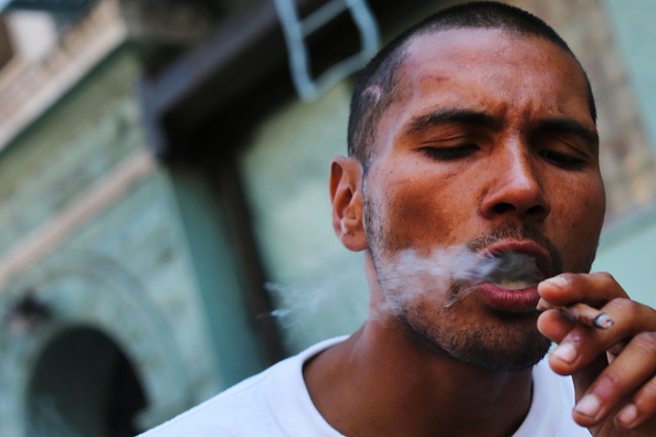 Smoking - Activity「Synthetic Marijuana, Or K2, Use On The Rise In New York City」:写真・画像(18)[壁紙.com]