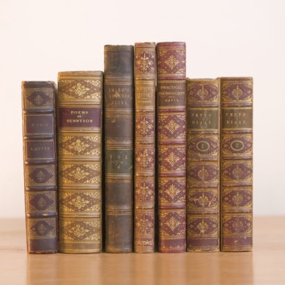 Book Spine「A row of books」:スマホ壁紙(16)