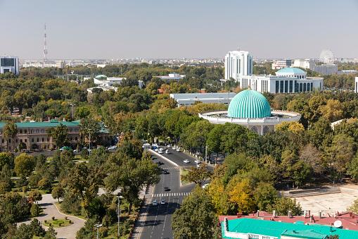 Russian Military「Central Tashkent from the famous Soviet-built Hotel Uzbekistan in central Tashkent, Uzbekistan」:スマホ壁紙(12)