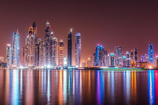 Avenue「Modern Dubai Marina Skyscrapers, United Arab Emirates」:スマホ壁紙(3)