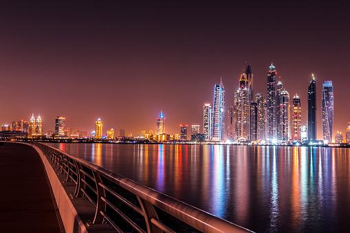Avenue「Modern Dubai Marina, View from Palm Jumeriah」:スマホ壁紙(13)