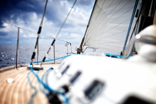 Sailboat「Sailing in the wind with sailboat」:スマホ壁紙(14)