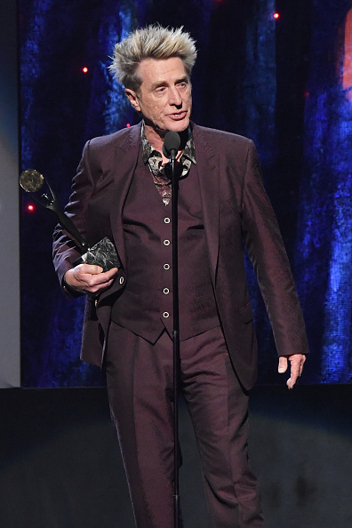 Ross Valory「32nd Annual Rock & Roll Hall Of Fame Induction Ceremony - Show」:写真・画像(0)[壁紙.com]