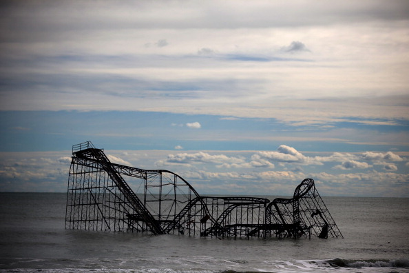 Amusement Park Ride「New York And New Jersey Continue To Recover From Superstorm Sandy」:写真・画像(17)[壁紙.com]
