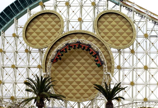 ミッキーマウス「Disney Set to Open New California Adventure Theme Park」:写真・画像(13)[壁紙.com]