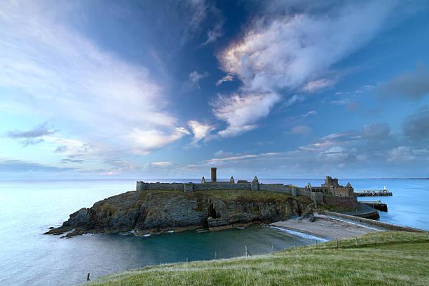 Peel Castle, Isle of Man:スマホ壁紙(壁紙.com)
