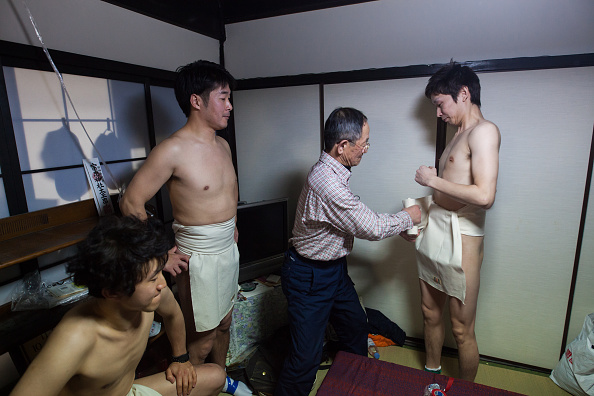 Japan「Naked Festival Takes Place At Saidaiji Temple」:写真・画像(10)[壁紙.com]