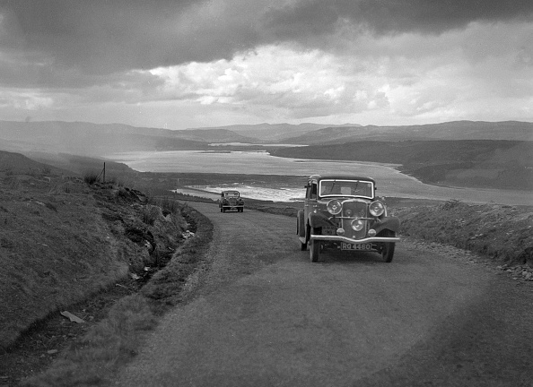 Rally Car Racing「Sunbeam saloon of AA Smith competing in the RSAC Scottish Rally, 1934」:写真・画像(17)[壁紙.com]