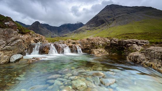 Isle of Skye「The Fairy Pools, Black Cuillin mountains, Isle of Skye, Scotland, UK」:スマホ壁紙(19)