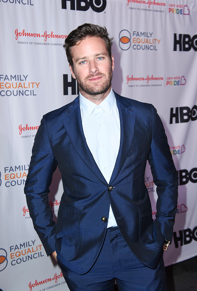 Armie Hammer「Family Equality Council's Impact Awards at the Globe Theatre, Universal Studios - Arrivals」:写真・画像(4)[壁紙.com]
