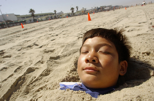 Sandy Huffaker「Thousands Head To The Beaches For 4th Of July Weekend」:写真・画像(0)[壁紙.com]