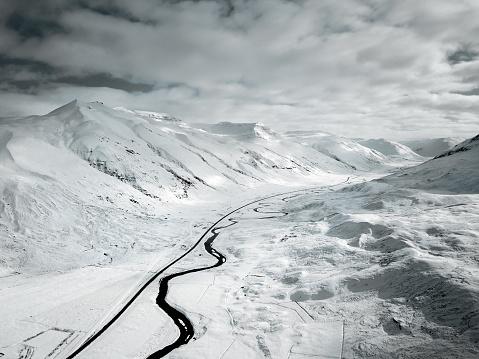 雪「アイスランドの雪風景」:スマホ壁紙(14)