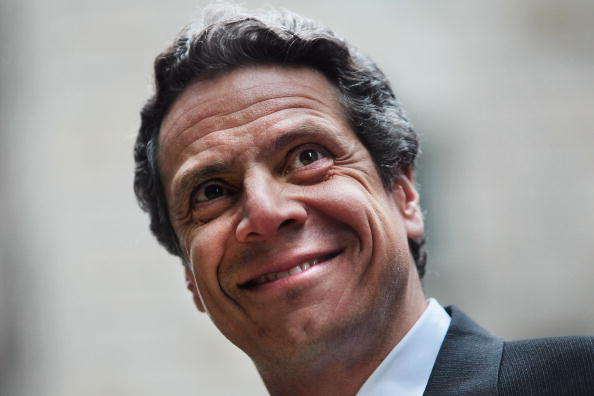 笑顔「New York Attorney General Andrew Cuomo Discusses Toyota's Recall Efforts」:写真・画像(19)[壁紙.com]