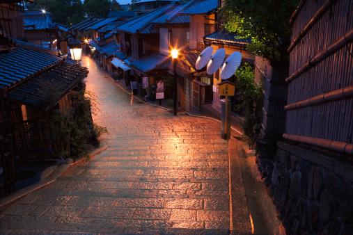 京都の夜「Ninen-zaka, Kyoto Prefecture, Honshu, Japan」:スマホ壁紙(0)