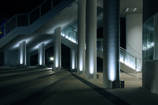Town Square「Modern and Contemporary Architecture of Entrance to Office Building」:スマホ壁紙(5)